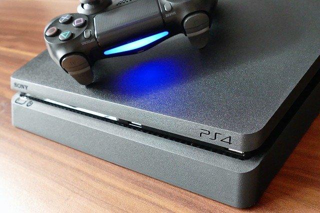 Konzole PS4